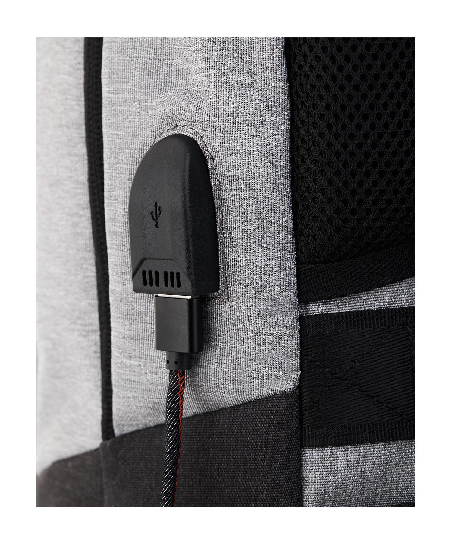 backpack usb charging port